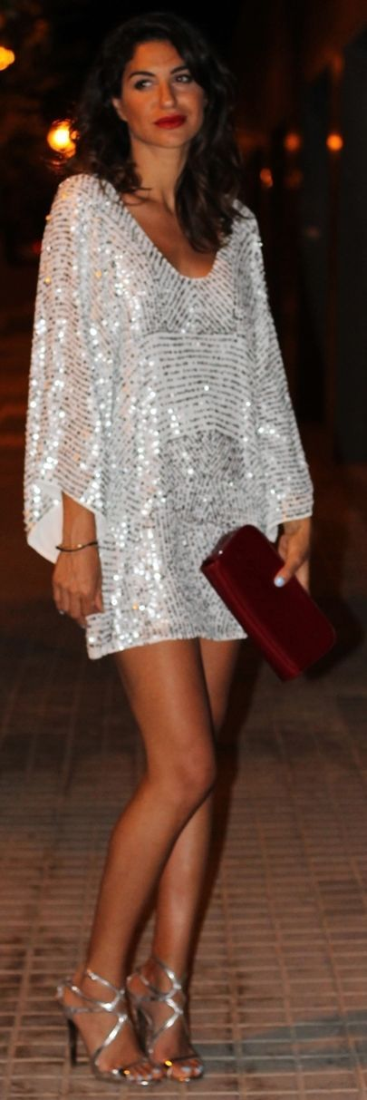 An American Girl - She loves fashion - luxury style and glamour - celeberate an all white event - chic lady in elegant white dress - she is dressed to impress - ♔LadyLuxury♔