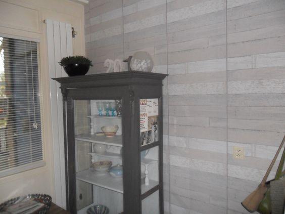 Behang Keuken Kwantum : sloophout behang.. kwantum voor een warme sfeer. steigerhout at home