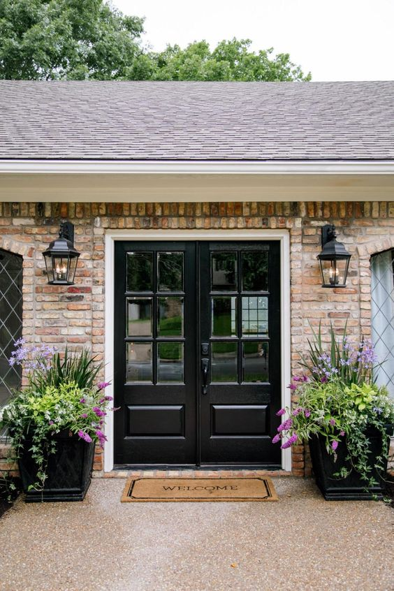 Fixer Upper Landscaping Ideas And Curb Appeal On Pinterest