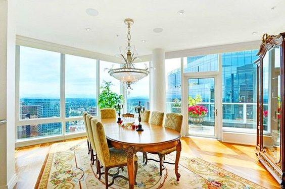 Penthouse   $2.9M   Bellevue   MLS: 863670