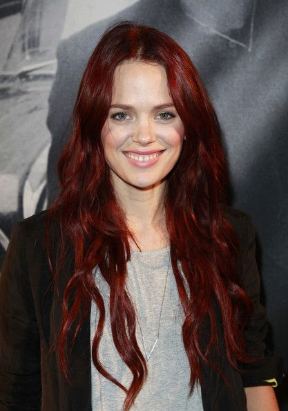 Katia Winter hair color