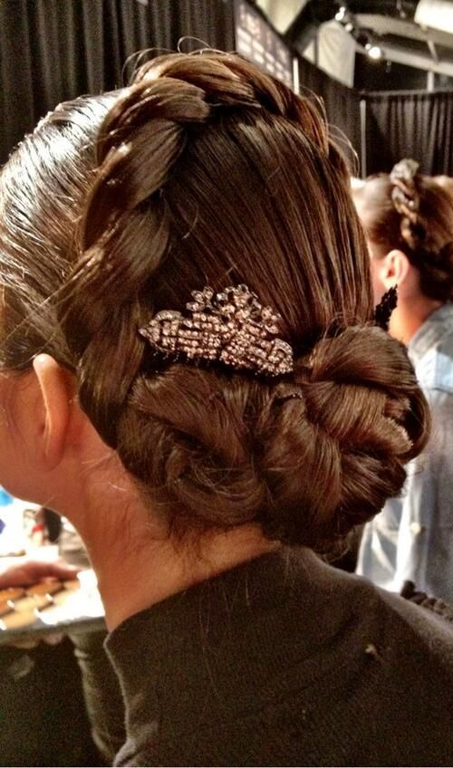 Haute couture couture and hair on pinterest for Haute hairie