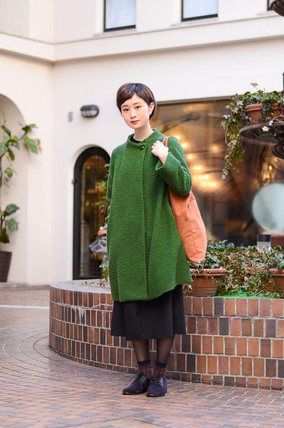 Lựa chọn gam màu tuyệt vời này cho những thiết kế áo khoác len nữ tính đầy phá cách