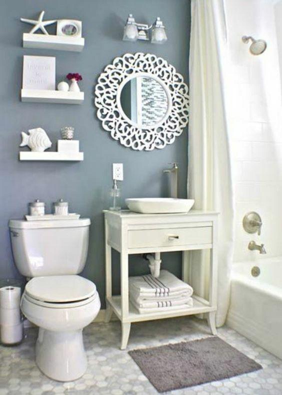 Déco marine pour salle de bain en bleu