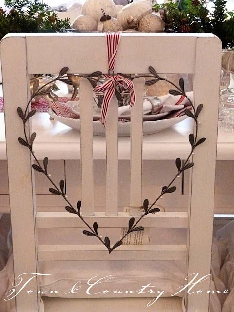 Country Christmas decorative chair idea for dinner parties.