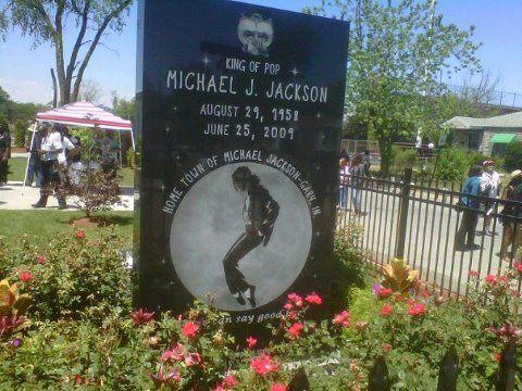 Michael Jackson Gravestone Head stone for Micheal...
