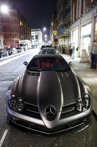 Mercedes benz slr mclaren black car marussia b2 now a c for Mercedes benz northern blvd