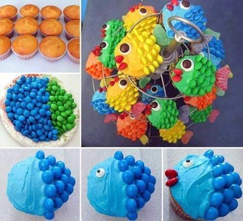 mercredi kids muffins crme colorant alimentaire et smarties ou mms pour un goter - Cupcake Colorant Alimentaire