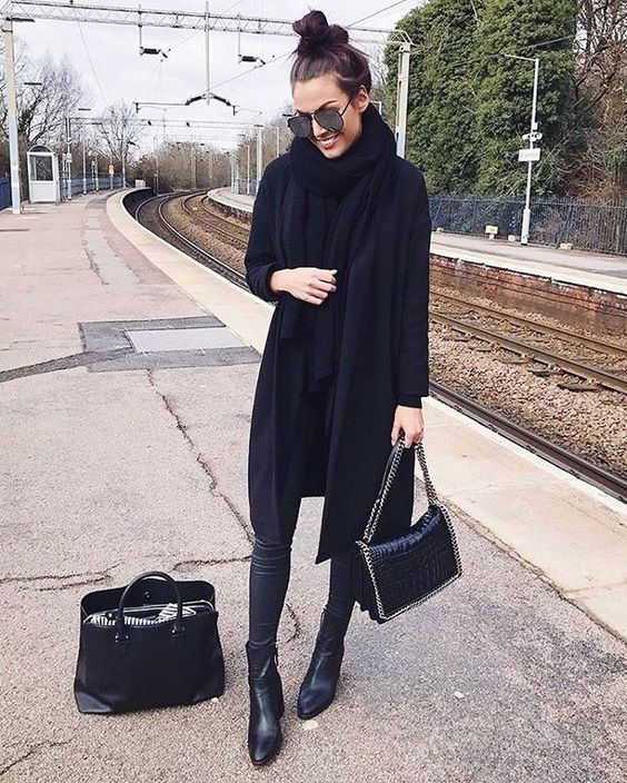 "6 Likes, 1 Comments - P R E T T Y   L A V I S H (@prettylavishuk) on Instagram: ""Black on Black ✔️ Shop the Oversized Winter Coat! Available in 4 colours - £48 ❄️…"""