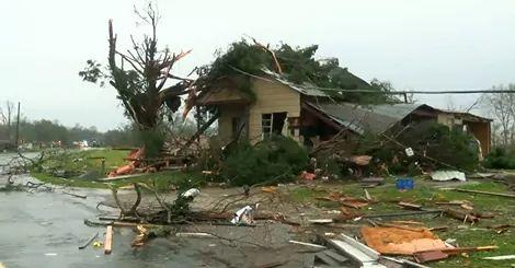 RS Notícias: Tornados atingem dois estados americanos deixando ...