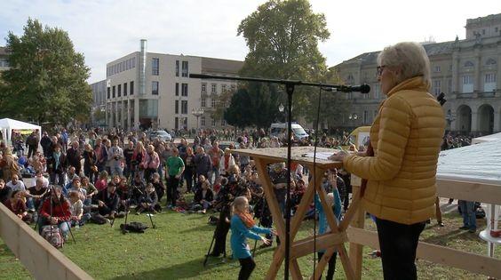 KenFM am Set: Evelyn Hecht-Galinski auf der Friedensmahnwache Karlsruhe,...
