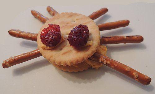 Spider Pretzel Crackers: Halloween Snack | Naturally Educational