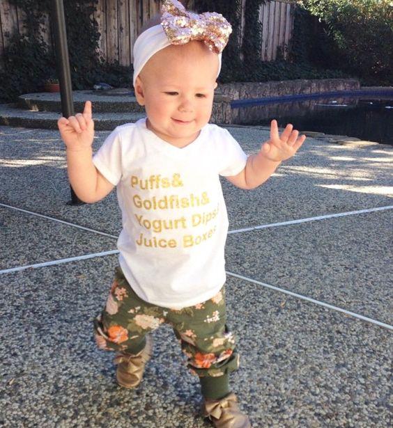"""Gold Glitter """"Puffs"""" T-Shirt"""