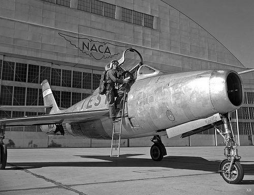 1950 ... 'Thunderstreak'cold war, atomic bomb