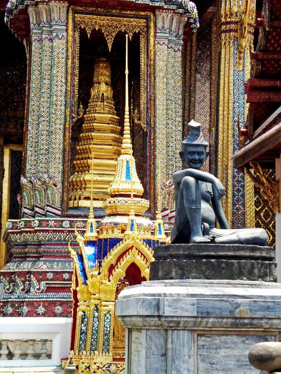 Bangkok, bem longe de casa - Esvaziando a Mochila - Blog de Viagem e TurismoEsvaziando a Mochila – Blog de Viagem e Turismo