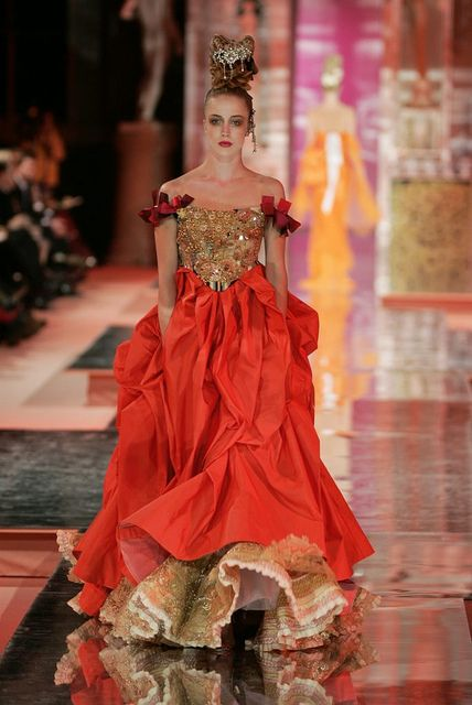 christian lacroix haute couture spring summer 2005 fashion pinterest red gold ux ui. Black Bedroom Furniture Sets. Home Design Ideas