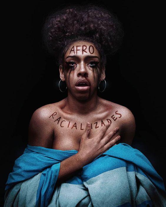 'Activista afro', se denomina. También 'negra', para apropiarse del insulto y darle un uso político
