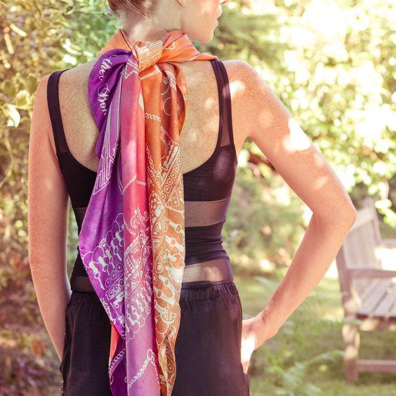 Saison Printemps - Eté 2013 MOROCCO Esther Bonté Paris www.estherbonte.com #scarf #morocco #summer #foulard #soie #silk #estherbonte #estherbonté #scarvesbrand #accessoiredemode #mode #fashion #Parureberbere #back