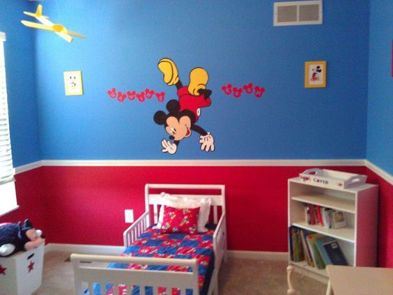 Gavin 39 s big boy room with the mickey mouse i painted Mickey mouse bedroom ideas
