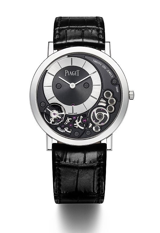 The new #Piaget Altiplano 900P has a total case thickness of 3.65 mm, 9.9 percent less than the thinnest mechanical watch currently on the market, the 4.05-mm-thin Jaeger-LeCoultre Master Ultra-Thin Jubilee.
