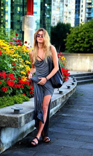 Look: Maxi Grey Dress