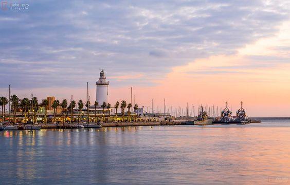 La Farola de #Málaga. Fotografia de Carlos Castro.