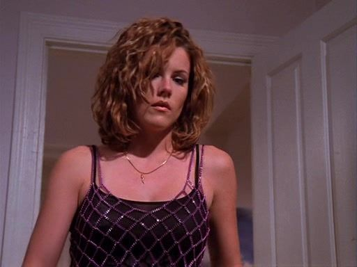 Kathleen Robertson, Clare Arnold, Beverly Hills 90210, Short Hair, Curly  Hair | Kathleen robertson, Celebrities female, Curly hair styles