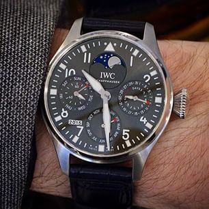 Love the grey dial on this v limited Big Pilot Watch Perpetual Calendar from @iwcwatches. Only 38 of these being made, exclusively for IWC's new boutique on Bond St in London. Full details on SalonQP.com.