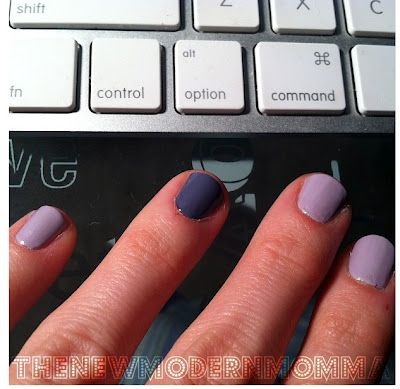 Love the color combination with the accent nail!