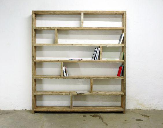 Bücherregale - Bücherregal aus altem Bauholz -Regal 200 x 200 - ein Designerstück von UpCycle-berlin bei DaWanda
