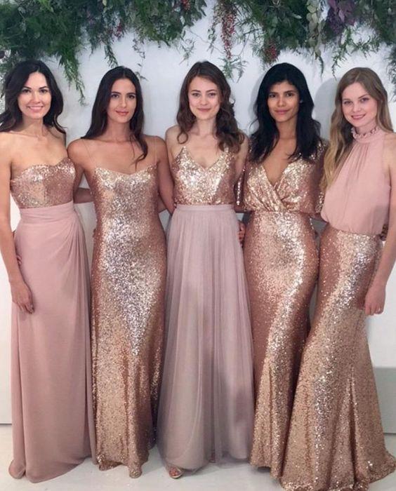 Rose gold sparkle bridesmaid dresses. Image: Instagram/weddingofdreams #wedding #bridesmaid
