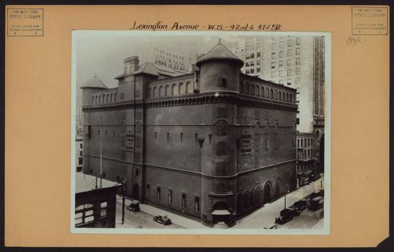 Lexington Avenue and 41st Street.. Manhattan Storage and Wholesale Co... demolished 1927 for Chanin Building