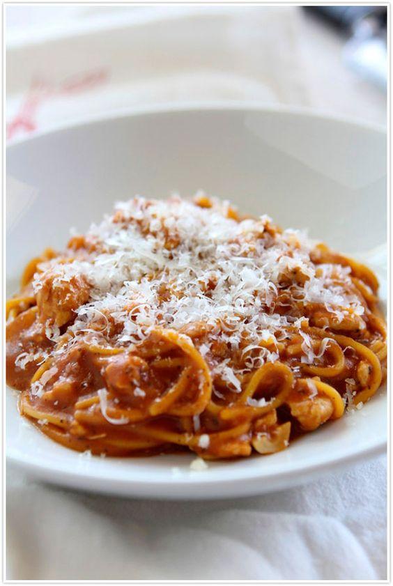 One Pot Turkey Spaghetti