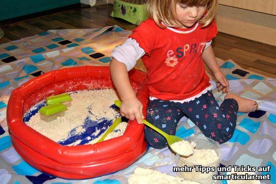 Sandkasten bei Schlechtwetter: selbst gemachter Zaubersand
