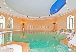 20 Exorbitant Indoor Pools On the Market in Russia Now | Curbed National