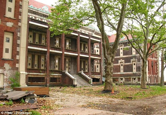 Healthcare: In its peak years, the Ellis Island hospital was one of the biggest health facilities in the U.S