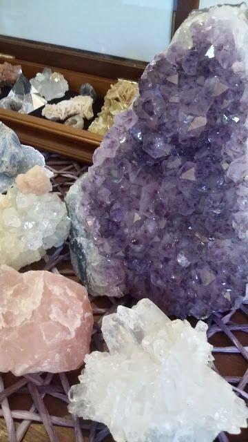 Pedras & Cristais: A alma dos diferentes é feita de uma luz além. Sua...
