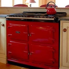Someday I'll have this oven in my little log cabin at Odell Lake in Oregon or somewhere equally as fabulous.