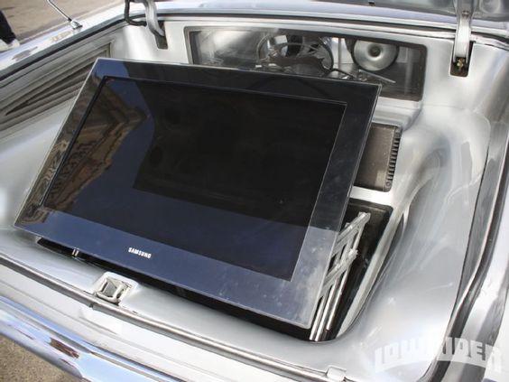 1963 Chevrolet Impala Flatscreen TV