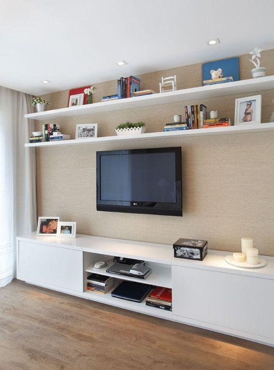 Morada traz móveis claros e confortáveis  Pinterest  Rio de janeiro, TVs e