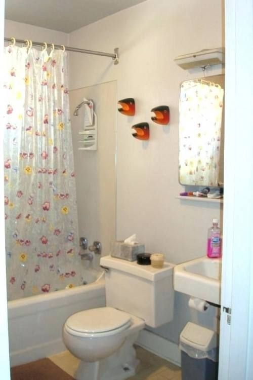Simple Small Bathroom Decorating Ideas Simple Bathroom Simple Bathroom Designs Tiny Bathroom Makeover
