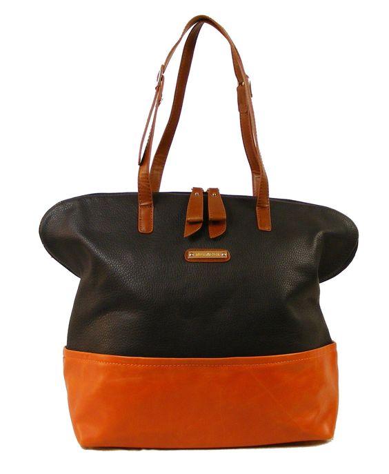 Bullagi shopper color blocking.  Een eigentijdse shopper die door het gebruik van meerdere kleuren een stijlvolle uitstraling krijgt.   Je kunt de tas comfortabel over je schouder dragen.     Wij berekenen geen verzendkosten.