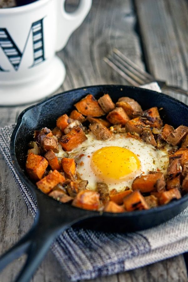 Sweet Potato and Caramelized Onion Hash with Baked Eggs #paleo #realfood #recipe