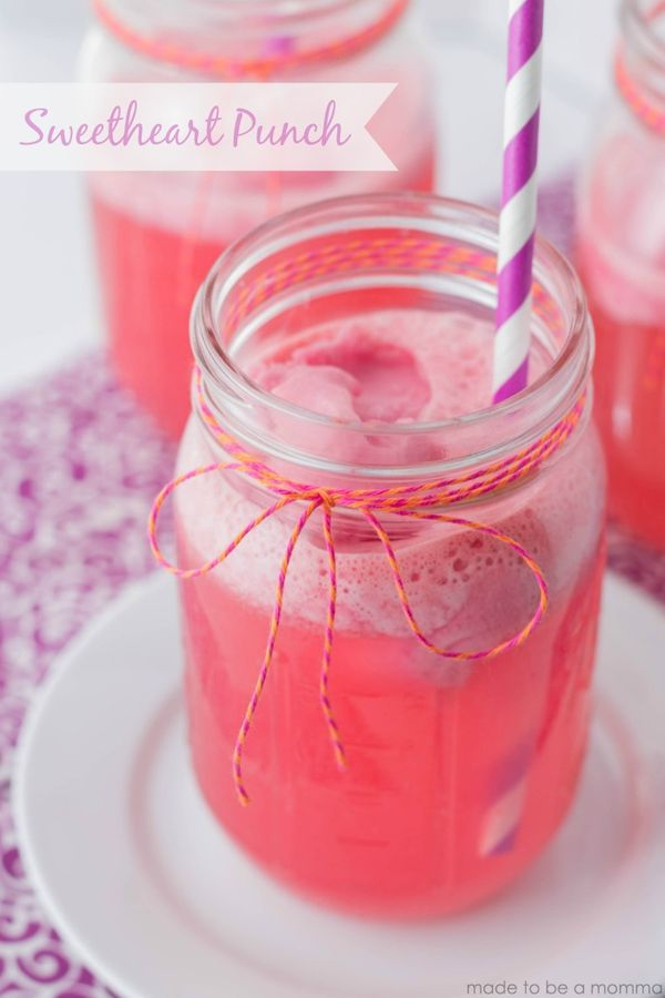 PIN FOR LATER - Sweetheart Punch Recipe from @madetobeamomma | Bridal Shower Punch | Signature Drink | Mason Jar Drink