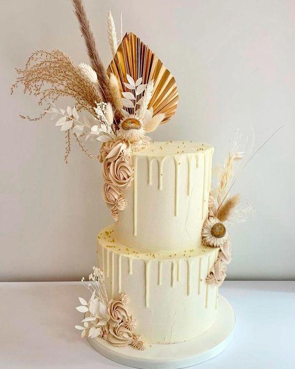 42 Yummy And Trendy Drip Wedding Cakes ❤ drip wedding cakes boho flowers #weddingforward #wedding #bride
