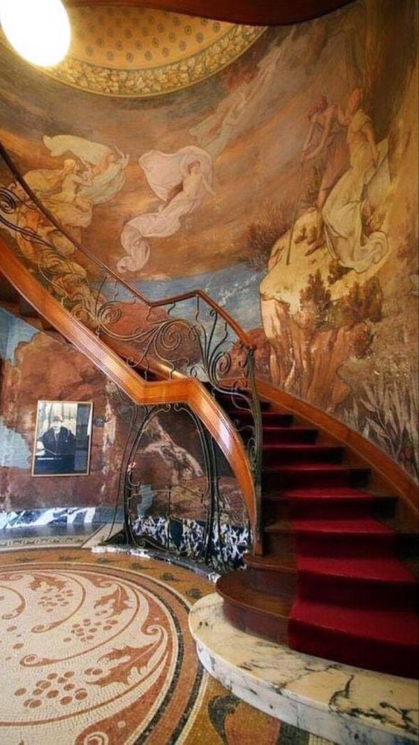 #theworldartnouveau 📸 @artnouveauweek @theworldartnouveau progetti dell'associazione @italialiberty 👉 A cura di @andreaspeziali . #artnouveauweek #artnouveauaroundtheworld #artnouveau #artnouveaudotclub #artnouveauarchitecture #artnouveau_photo #artnouveaudotclub #artnouveauclub #artgallery #bestarchitecture #arts #rutadelmodernisme #architecture_best #architecture #picoftheday #modernismecatala #building #decoration #libertystyle #artnouveaulovers #architecturelovers #decorations #liberty #a