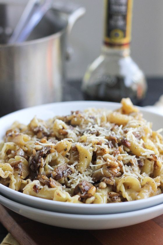 Balsamic Pasta with Toasted Garlic and Pine Nuts using #STARFineFoods Balsamic Vinegar- YUM!