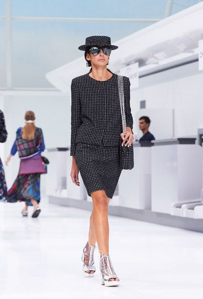 Looks from the Spring-Summer 2016 Ready-to-wear sh…