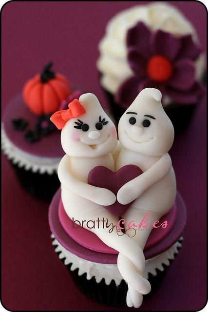 Halloween Bridal Shower by Natty-Cakes (Natalie), via Flickr