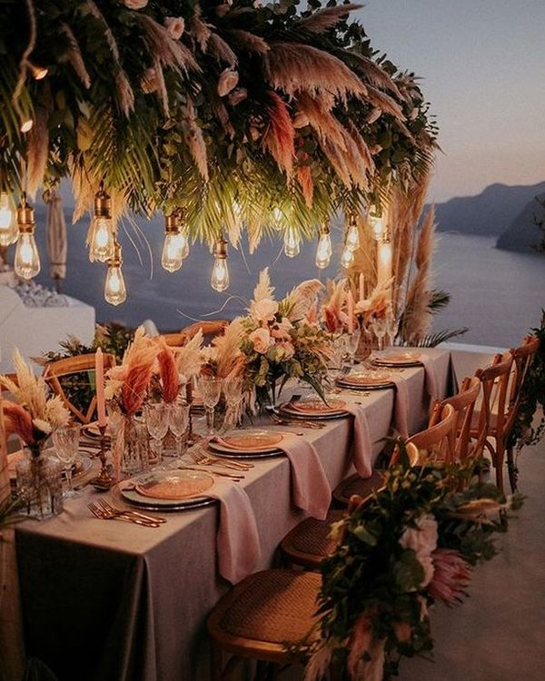 """Jane Rockett on Instagram: """"Now this is my kind of dream dinner party idea... isnt it lovely?! 😍 . . . Image @tietheknotsantorini and @whiteonblackstudio…"""""""